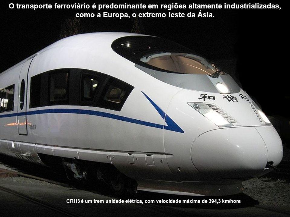 O transporte ferroviário é predominante em regiões altamente industrializadas, como a Europa, o extremo leste da Ásia.