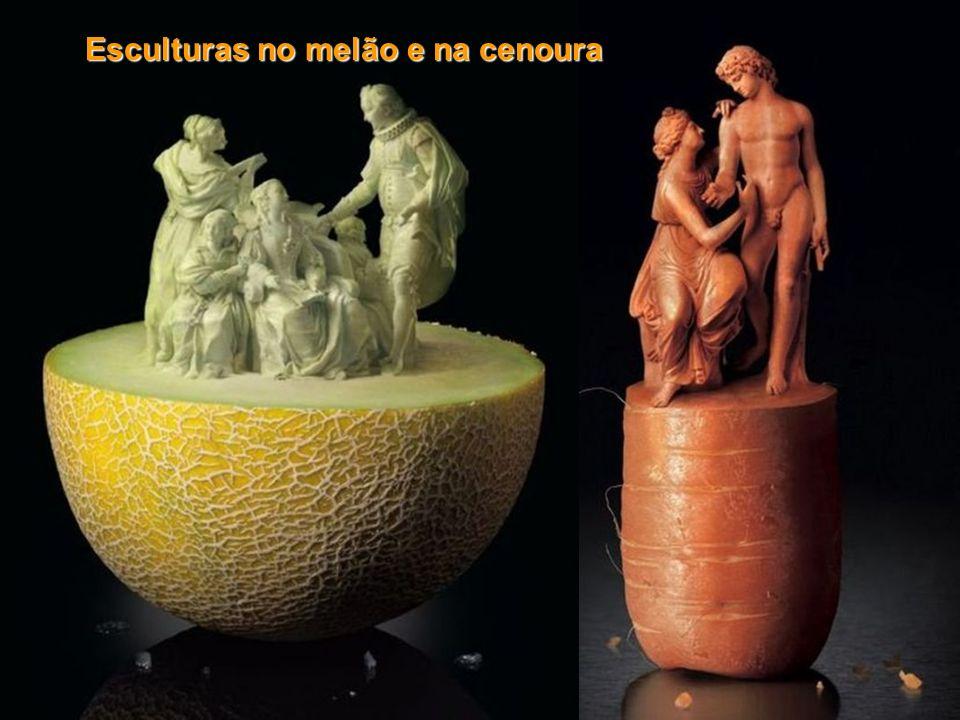 Esculturas no melão e na cenoura