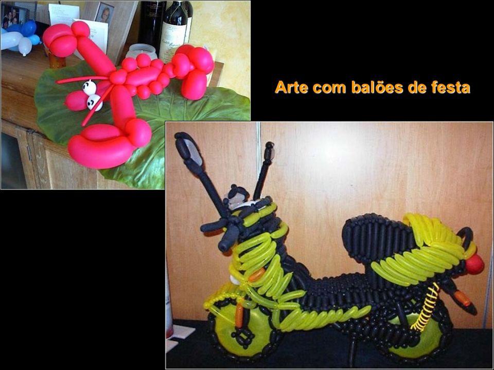 Arte com balões de festa