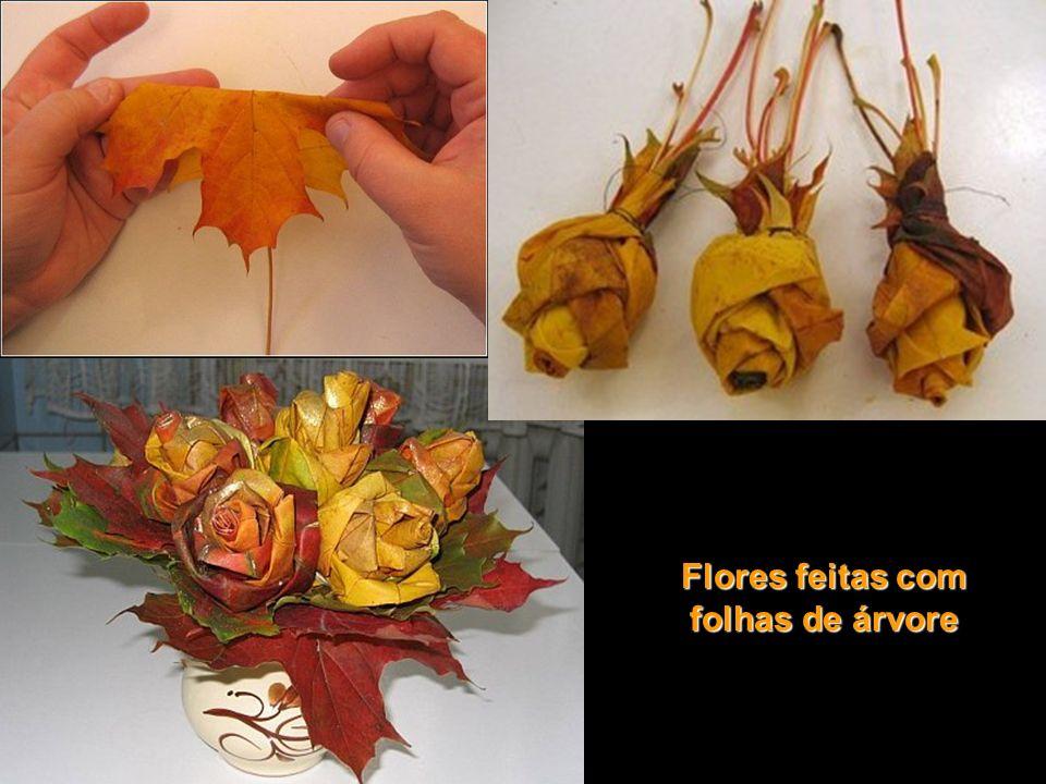 Flores feitas com folhas de árvore