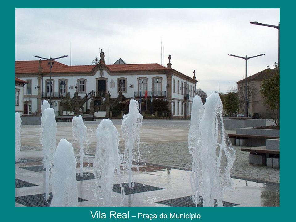 Vila Real – Praça do Município
