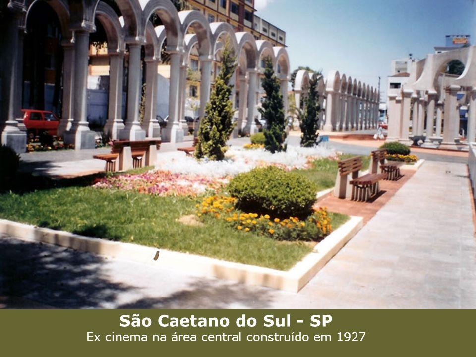 São Caetano do Sul - SP Ex cinema na área central construído em 1927