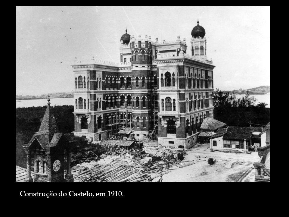 Construção do Castelo, em 1910.