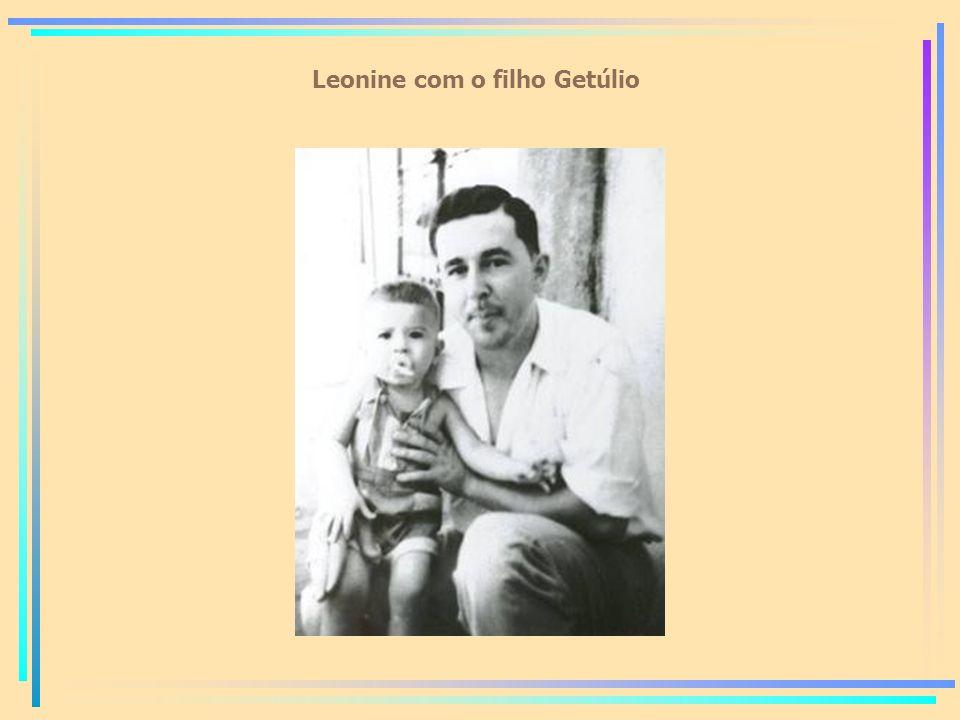 Leonine com o filho Getúlio