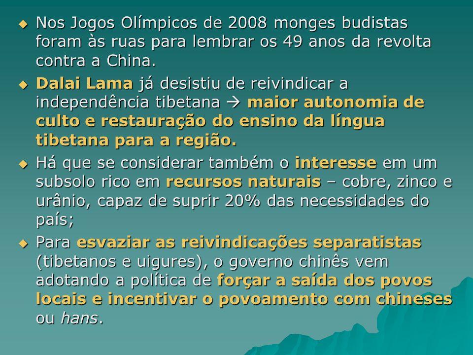 Nos Jogos Olímpicos de 2008 monges budistas foram às ruas para lembrar os 49 anos da revolta contra a China.