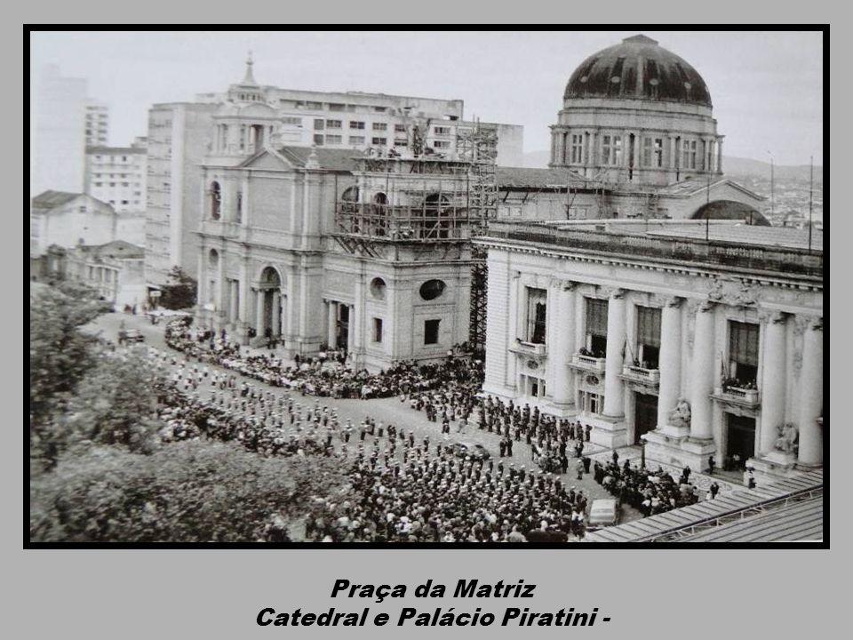 Catedral e Palácio Piratini -