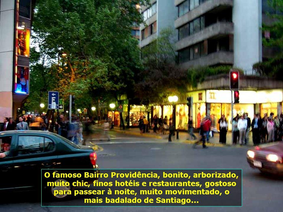 P0009229 - CHILE-SANTIAGO - PROVIDÊNCIA À NOITE