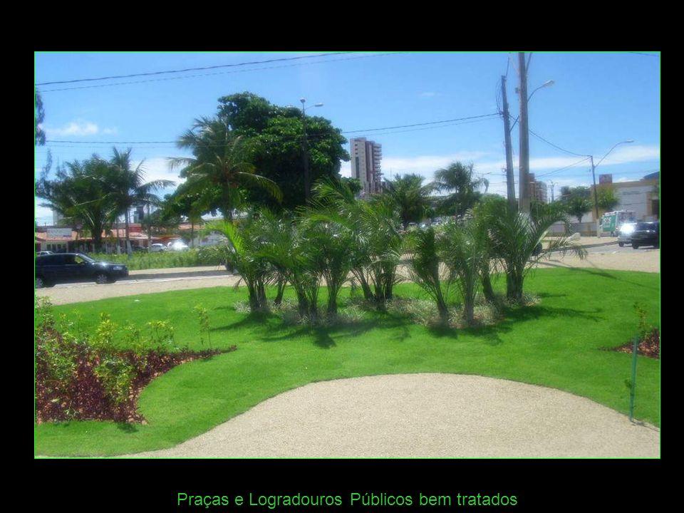 Praças e Logradouros Públicos bem tratados