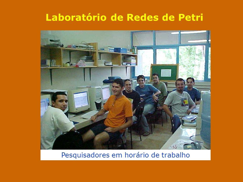 Laboratório de Redes de Petri