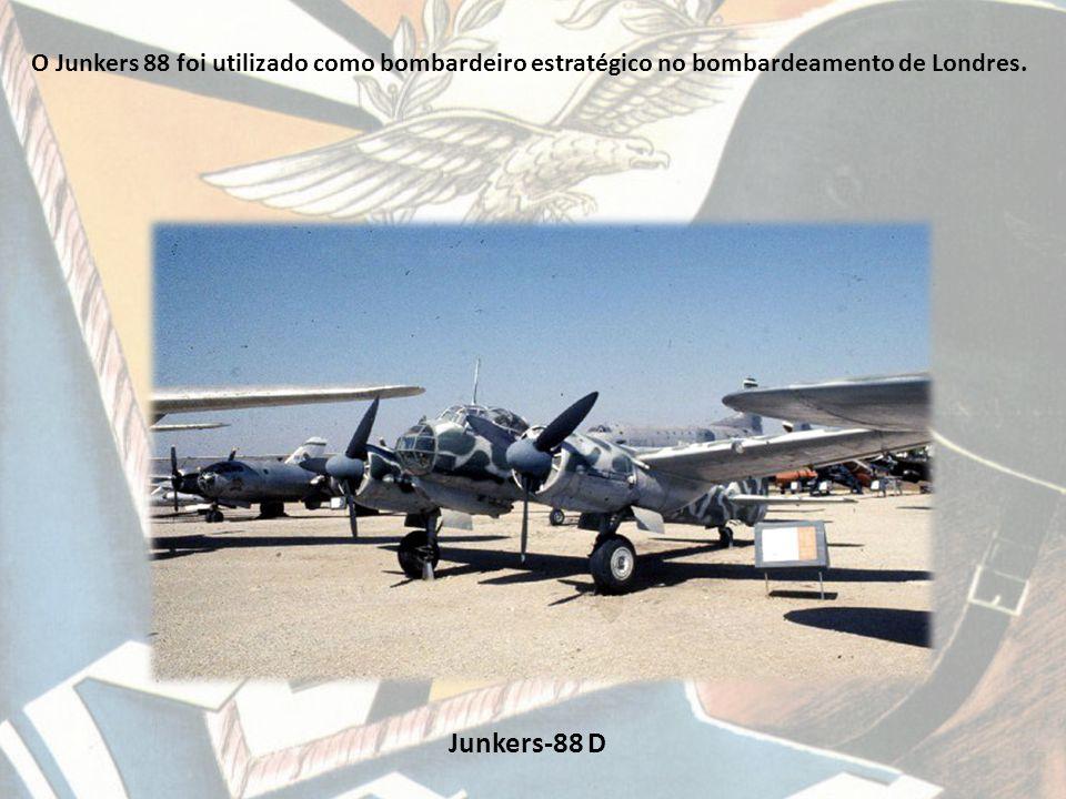 O Junkers 88 foi utilizado como bombardeiro estratégico no bombardeamento de Londres.