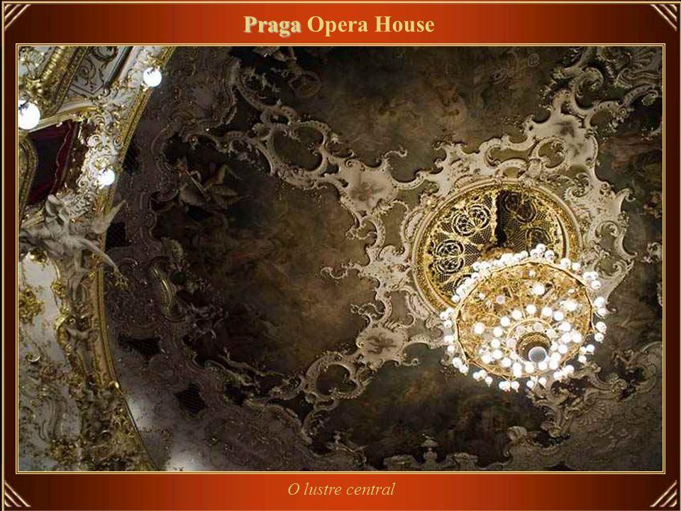 Praga Opera House O lustre central