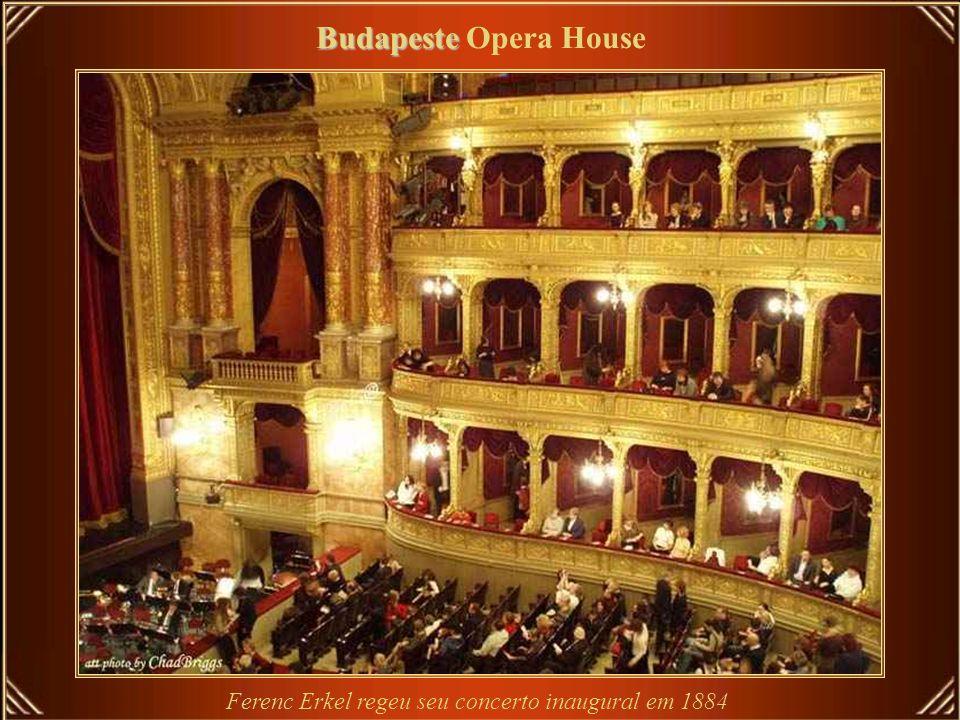 Ferenc Erkel regeu seu concerto inaugural em 1884