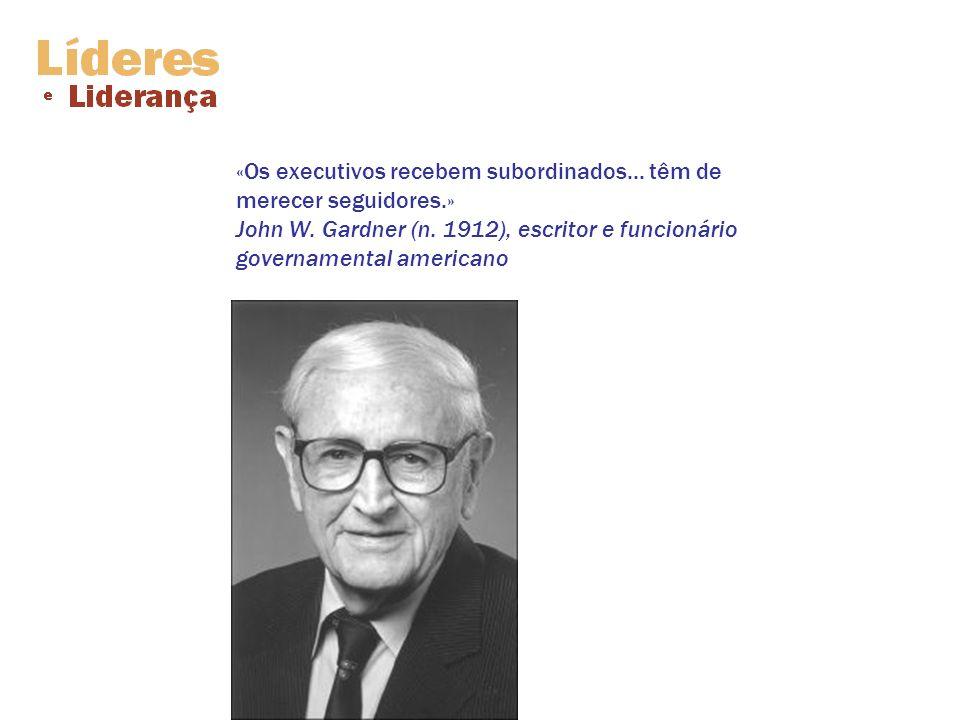 «Os executivos recebem subordinados. têm de merecer seguidores