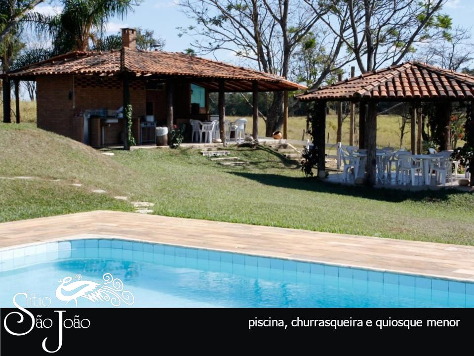 piscina, churrasqueira e quiosque menor