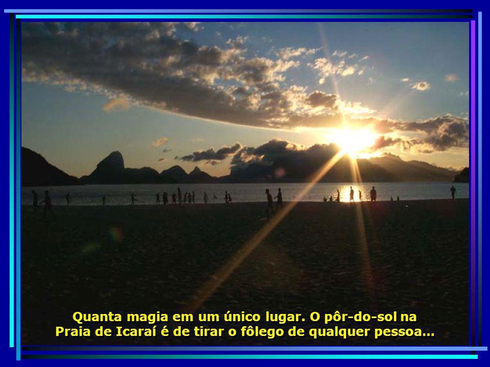 P0012166 - NITERÓI - POR DO SOL NA PRAIA DE ICARAÍ-700