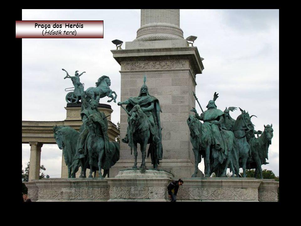 Praça dos Heróis (Hősök tere)