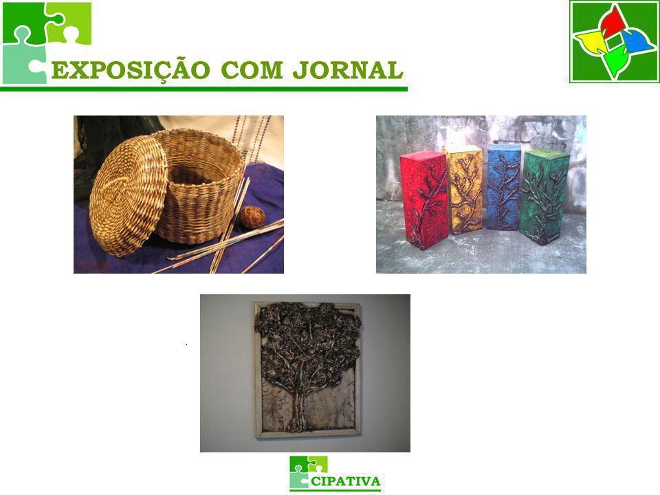 EXPOSIÇÃO COM JORNAL .