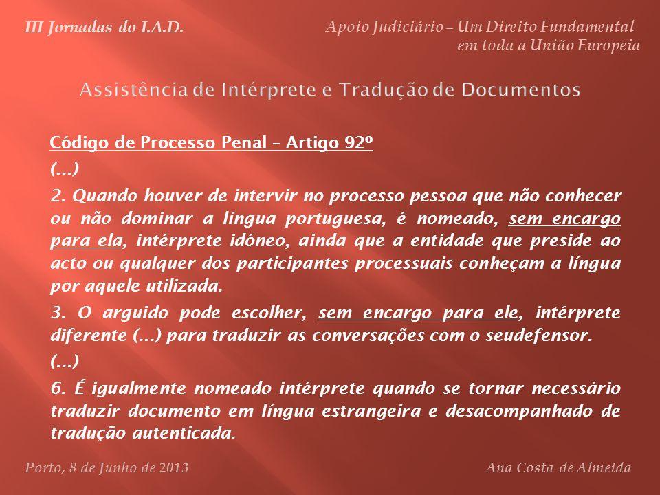 Assistência de Intérprete e Tradução de Documentos