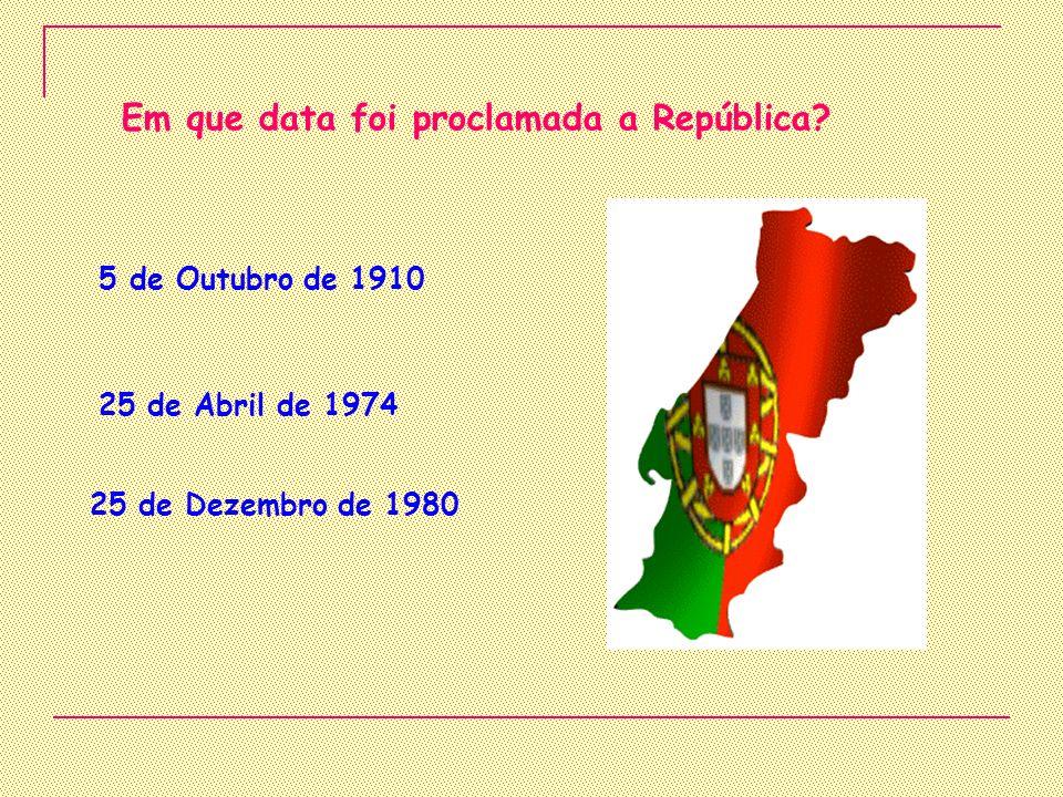 Em que data foi proclamada a República
