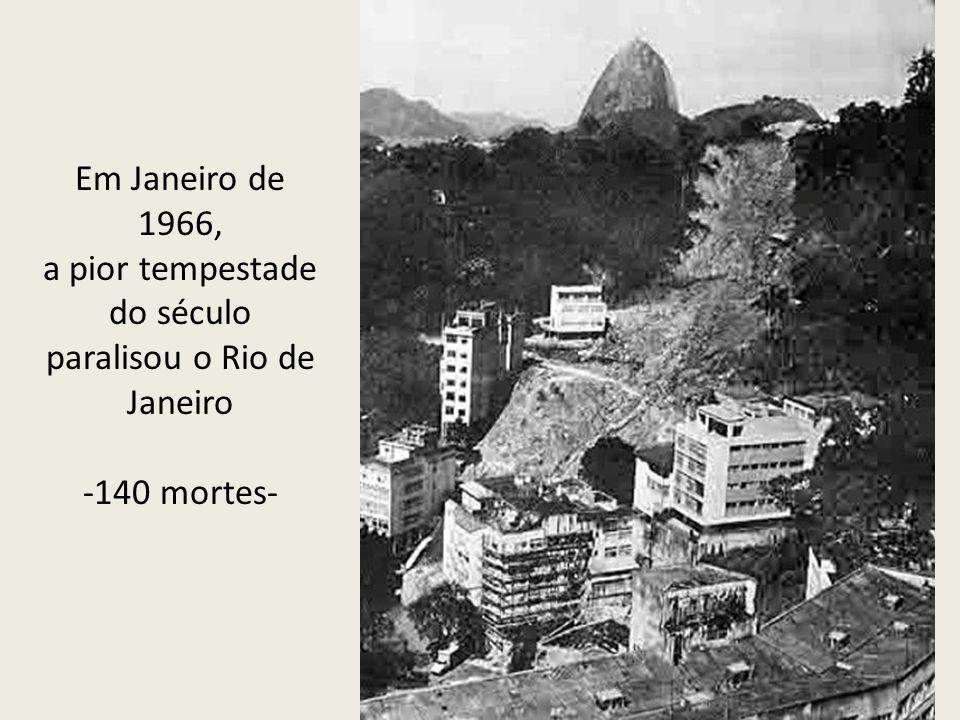 a pior tempestade do século paralisou o Rio de Janeiro