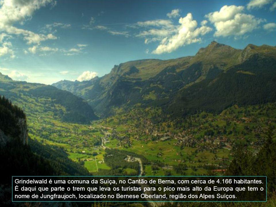 Grindelwald é uma comuna da Suíça, no Cantão de Berna, com cerca de 4