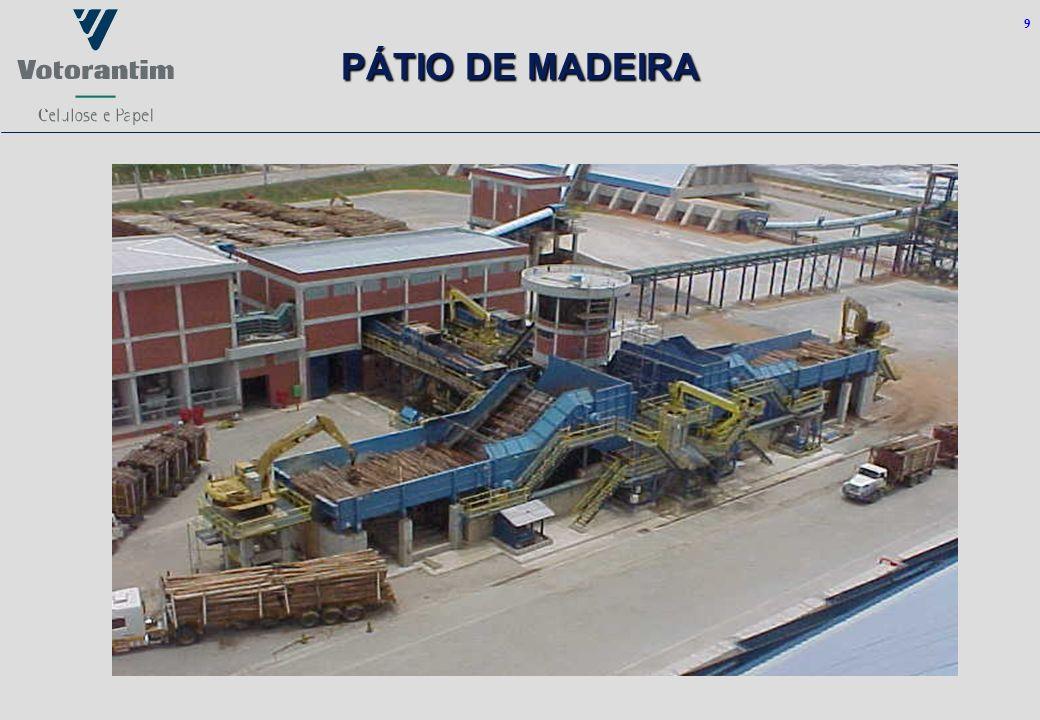 9 PÁTIO DE MADEIRA