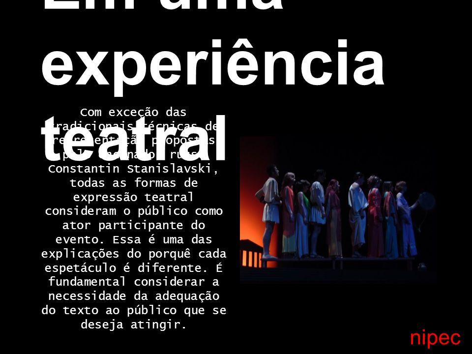 Em uma experiência teatral