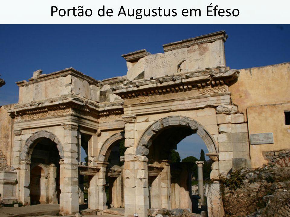 Portão de Augustus em Éfeso