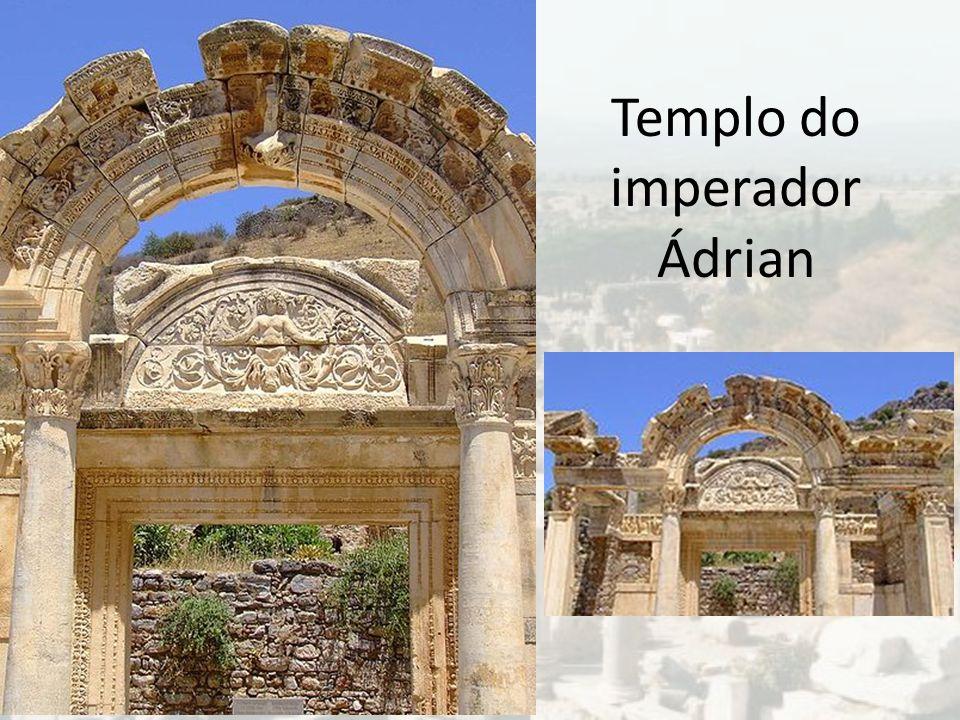 Templo do imperador Ádrian