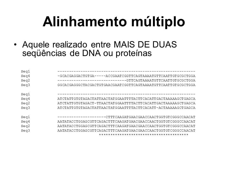 Alinhamento múltiplo Aquele realizado entre MAIS DE DUAS seqüências de DNA ou proteínas.