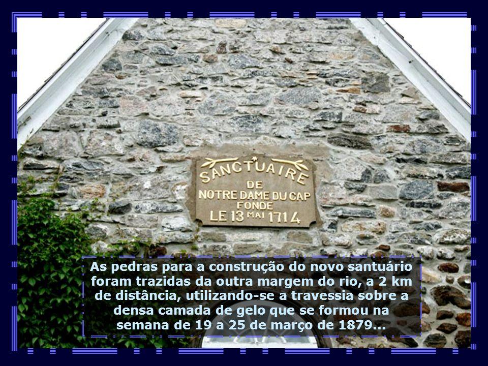 IMG_1498 - CANADÁ - CAP DE LA MADELEINE - CAPELINHA DO SANTUÁRIO NOTRE DAME-680