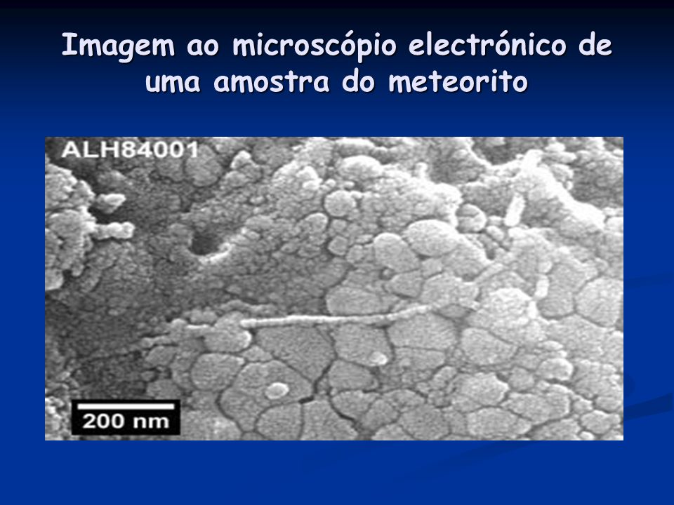 Imagem ao microscópio electrónico de uma amostra do meteorito
