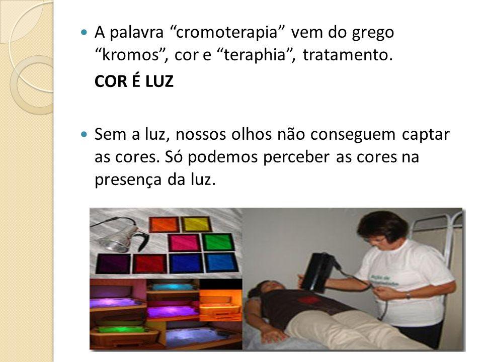 A palavra cromoterapia vem do grego kromos , cor e teraphia , tratamento.