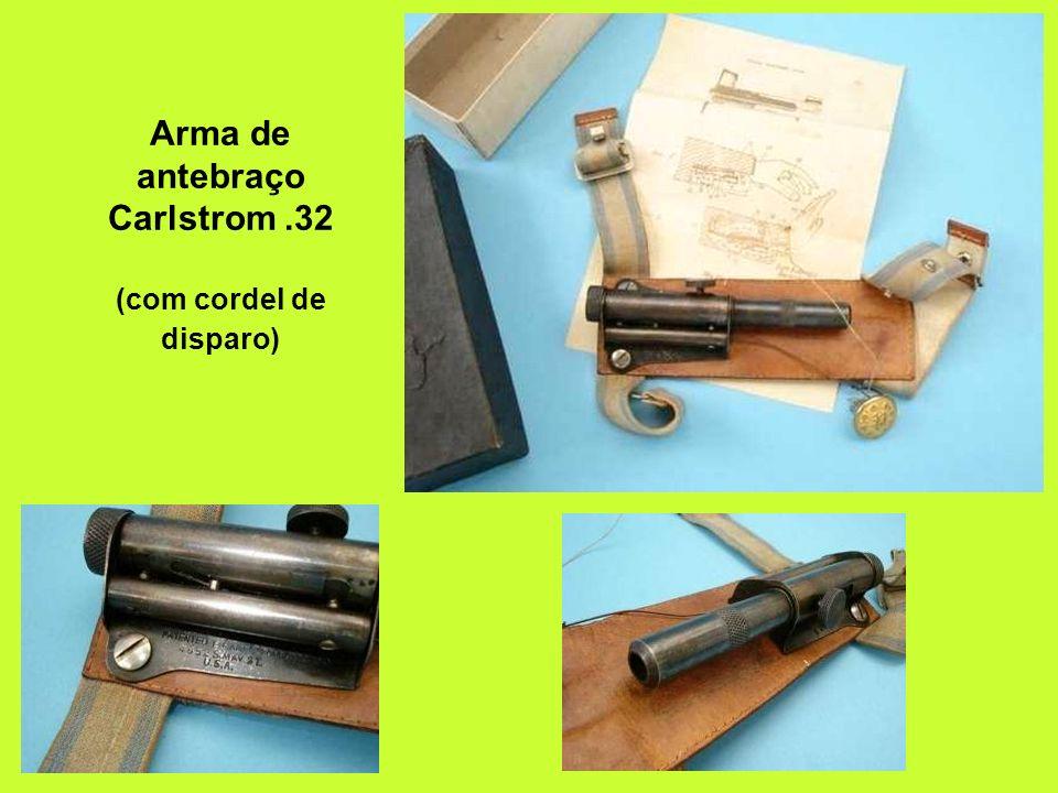 Arma de antebraço Carlstrom .32 (com cordel de disparo)
