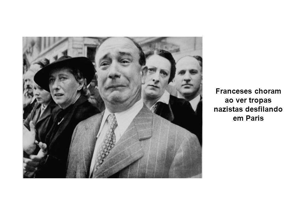 Franceses choram ao ver tropas nazistas desfilando em Paris
