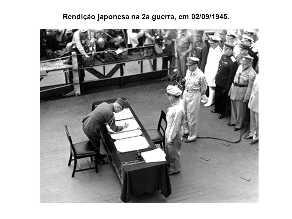Rendição japonesa na 2a guerra, em 02/09/1945.