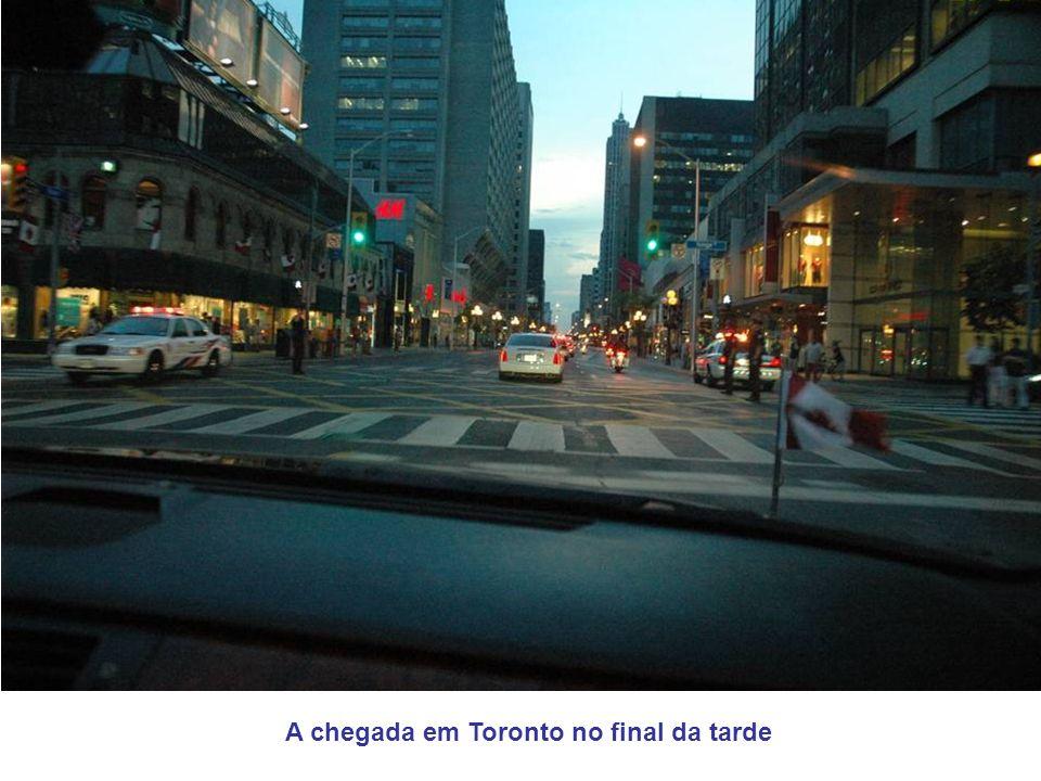 A chegada em Toronto no final da tarde