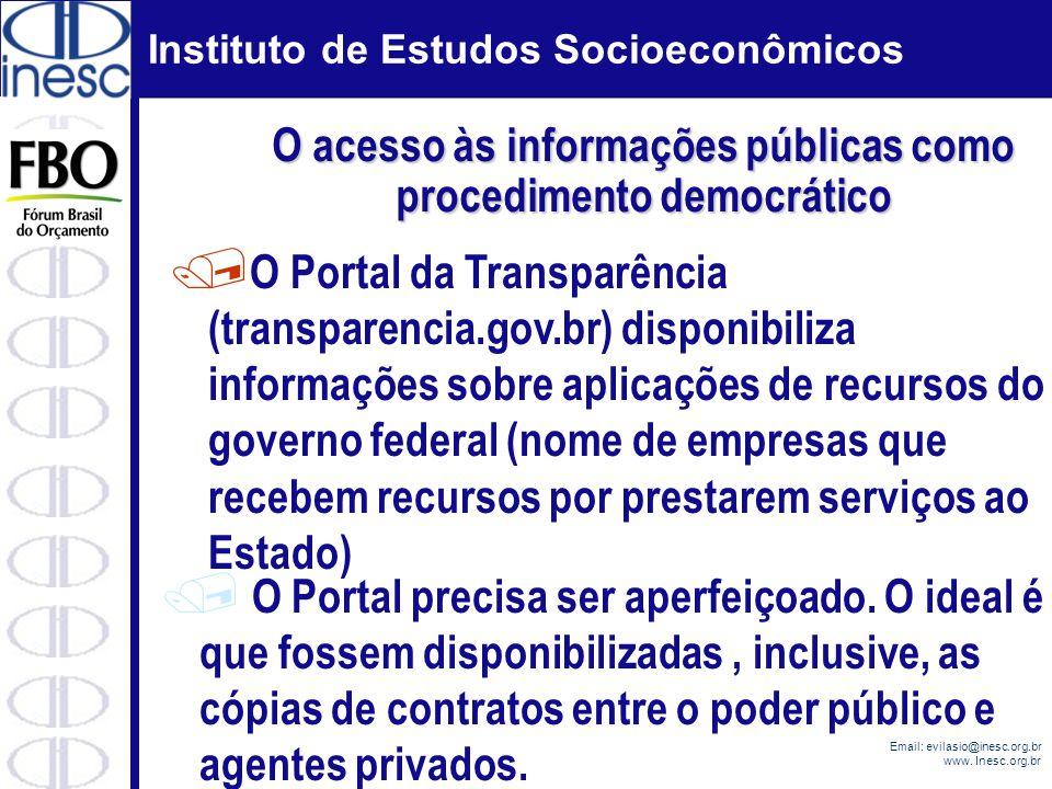O acesso às informações públicas como procedimento democrático