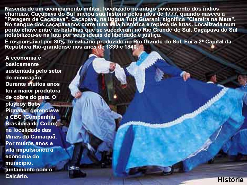 Nascida de um acampamento militar, localizado no antigo povoamento dos índios charruas, Caçapava do Sul iniciou sua história pelos idos de 1777, quando nasceu a Paragem de Caçapava . Caçapava, na língua Tupi Guarani, significa Clareira na Mata . No sangue dos caçapavanos corre uma veia histórica e repleta de lutas. Localizada num ponto chave entre as batalhas que se sucederam no Rio Grande do Sul, Caçapava do Sul notabilizou-se na luta por seus ideais de liberdade e justiça.