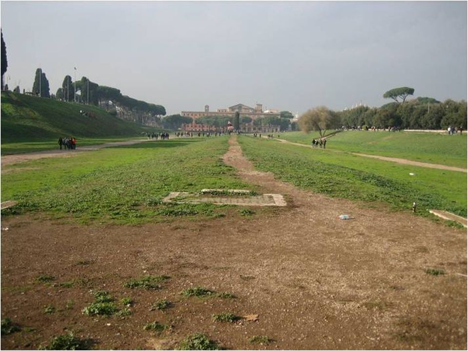 Atualmente o Circus Maximus é um parque (o edifício ao fundo é o palácio Imperial do Palatino.