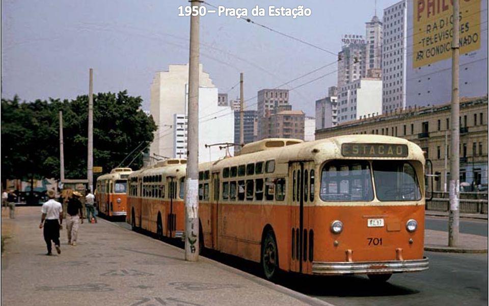 1950 – Praça da Estação