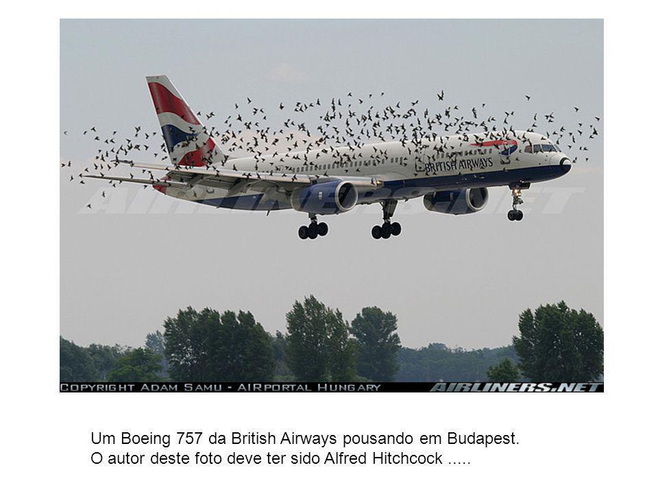 Um Boeing 757 da British Airways pousando em Budapest.