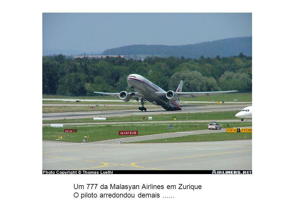 Um 777 da Malasyan Airlines em Zurique
