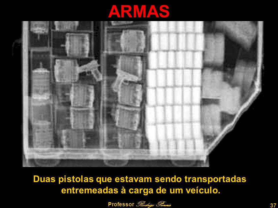 ARMAS Duas pistolas que estavam sendo transportadas
