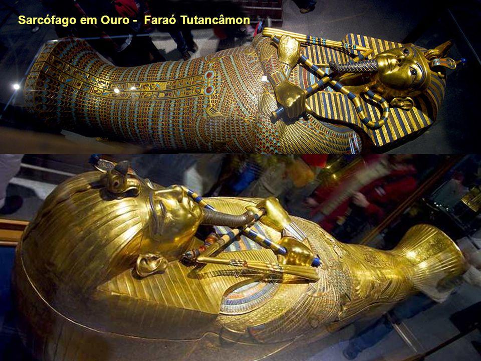 Sarcófago em Ouro - Faraó Tutancâmon