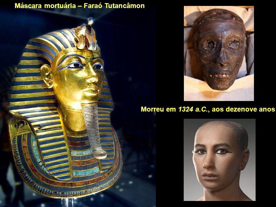 Máscara mortuária – Faraó Tutancâmon
