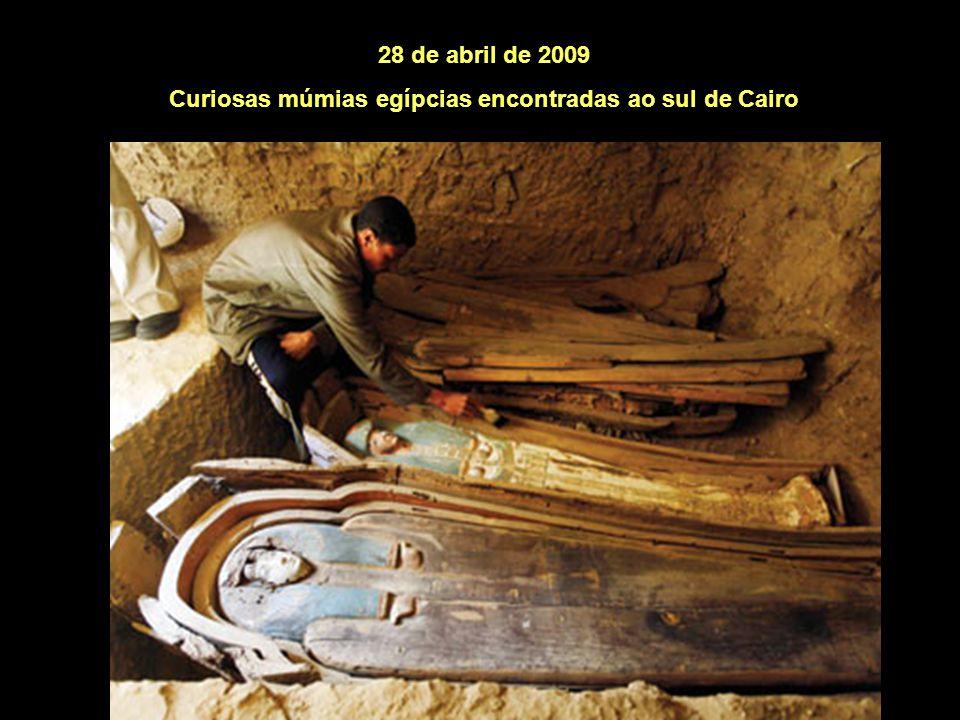 Curiosas múmias egípcias encontradas ao sul de Cairo
