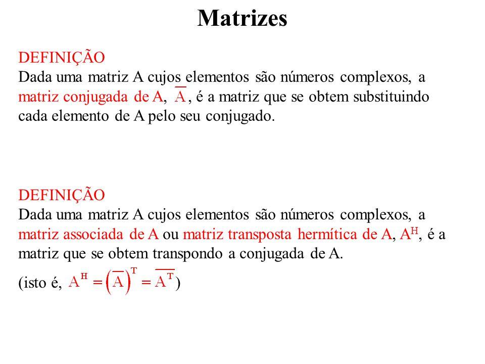 Matrizes DEFINIÇÃO.