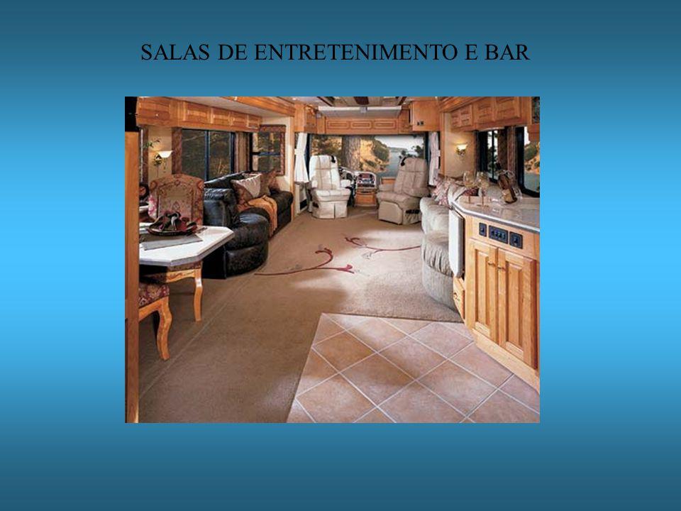 SALAS DE ENTRETENIMENTO E BAR