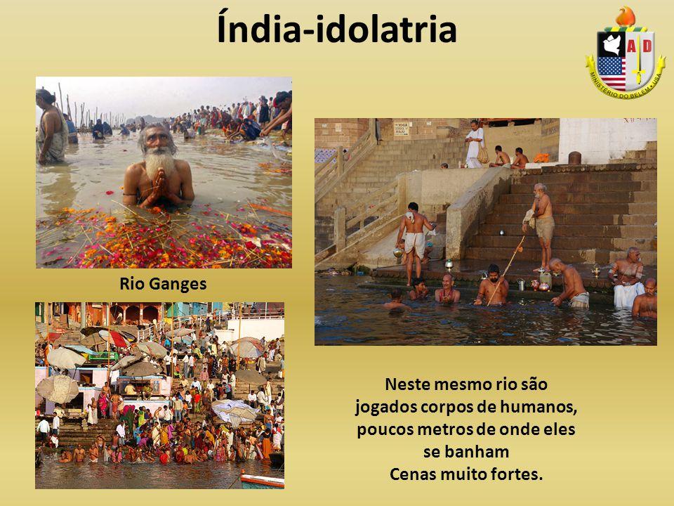 Índia-idolatria Rio Ganges